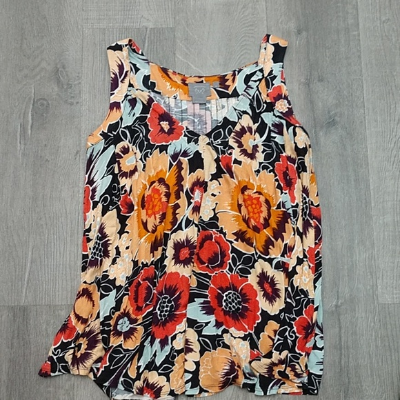 Anthropologie Tops - Flowy top from Anthropologie